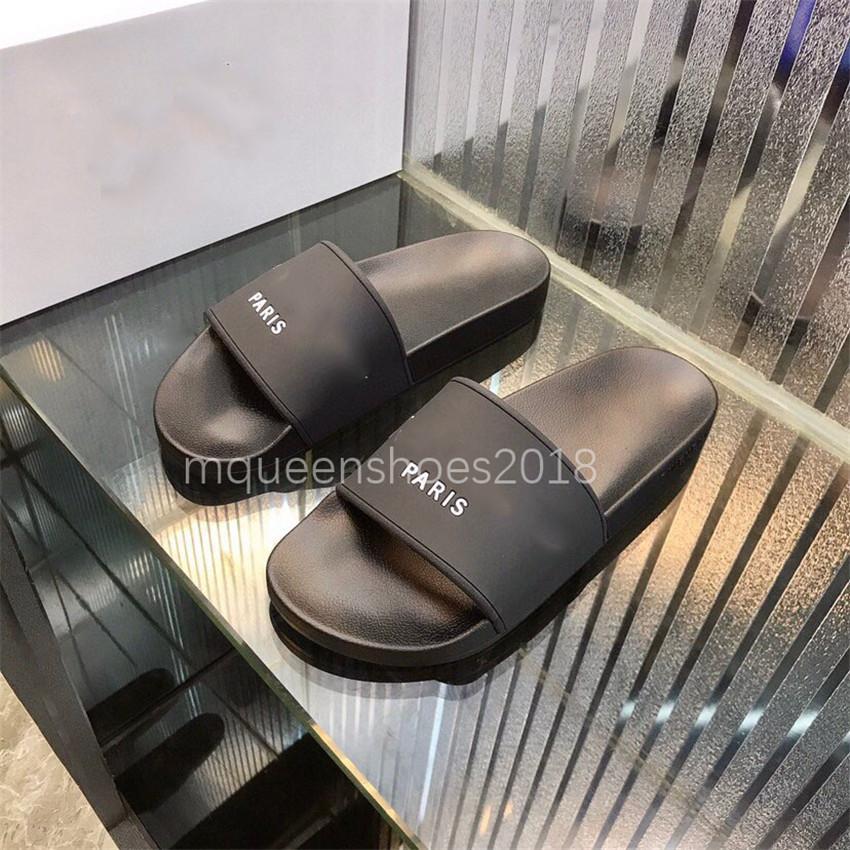 2021 Paris Kaydırıcılar Erkek Bayan Yaz Sandalet Plaj Terlik Bayanlar Çevirme Loafer'lar Siyah Scuffs Ev Slaytları Chaussures Ayakkabı W