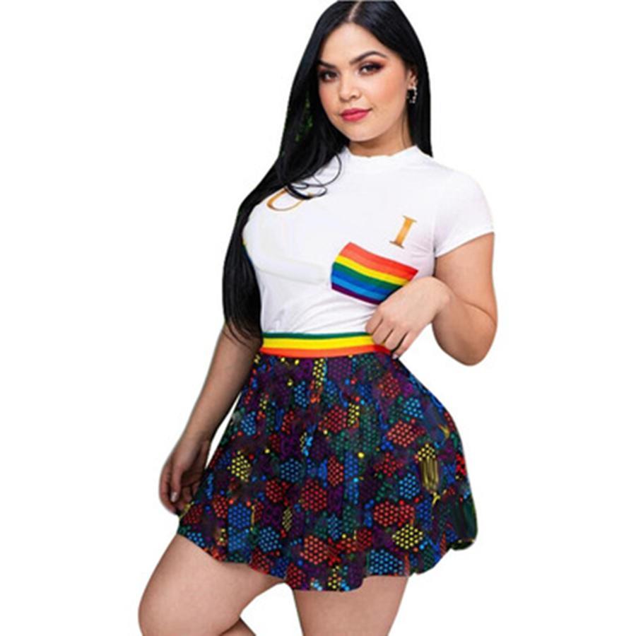 Vestido de dos piezas de moda de verano Mujeres casual de manga corta camiseta Falda Set Designer Estampado de dos piezas Pleated Mini Faldas Conjuntos