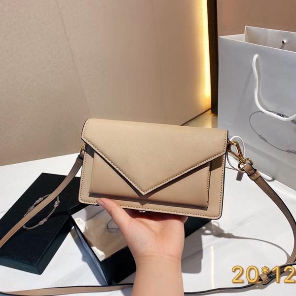 2021 العلامة التجارية مصمم الإبط حقيبة المرأة الأزياء الفاخرة مصغرة كلييو قطري أكياس الكتف واحد الحجم 20 * 12 سنتيمتر