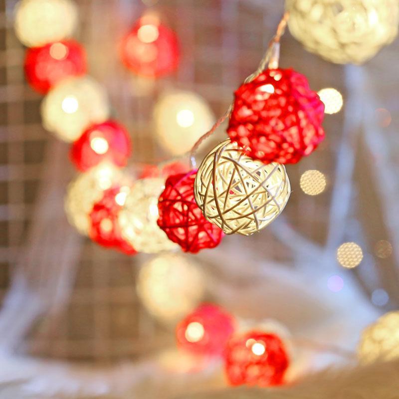 Qyjsd LED LUMINARIA ESTERNO ESTERNO RATTAN Garland Balls Light String Interno Capodanno Decor Bedroom da letto Camera da letto Decorazione dell'albero di Natale