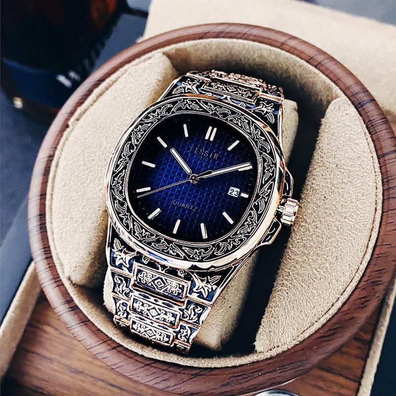 Armbanduhren 2021 Luxus Designer Men's Business Fashion Quarzuhr