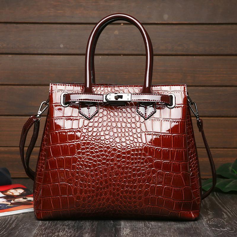 2021 New women Style The glossy The crocodile grain for Leather Fashion Hand Bags Single Bag Inclined Shoulder Bag high
