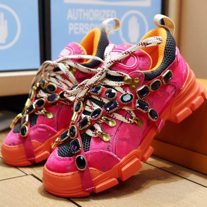 35-45 Boyutu Yeni Elmas Zincir Bayan Rahat Sneakers Ayrılabilir Elmas Vampi Dekorasyon Erkek Dağcılık Sneakers Kaymaz Tek Tasarım
