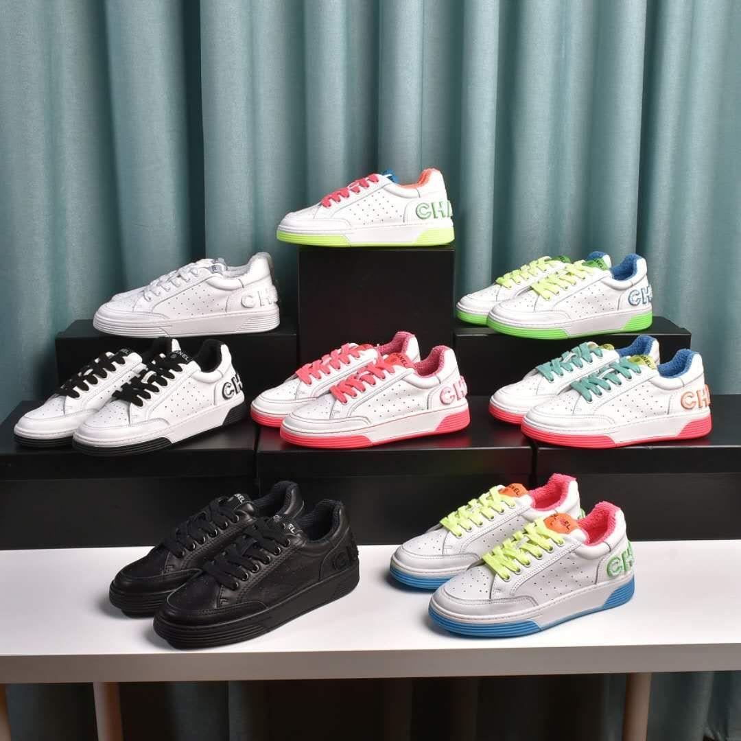 2021 Hommes de haute qualité Hommes classiques Femmes Unisexe basse baskets à basseaux de décontractation White Star Plate-forme Sandales Chaussures Chaussures Party Lovers Taille 36-45 Designer