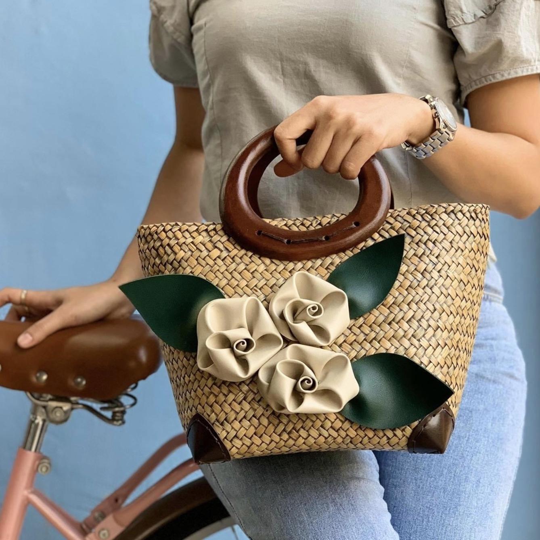 NEW Tote Bags For Women 2021 Hand-woven Square Straw Bag Fashion Straw Handbag Shopping Beach Summer Travel Crossbody Bags C0225
