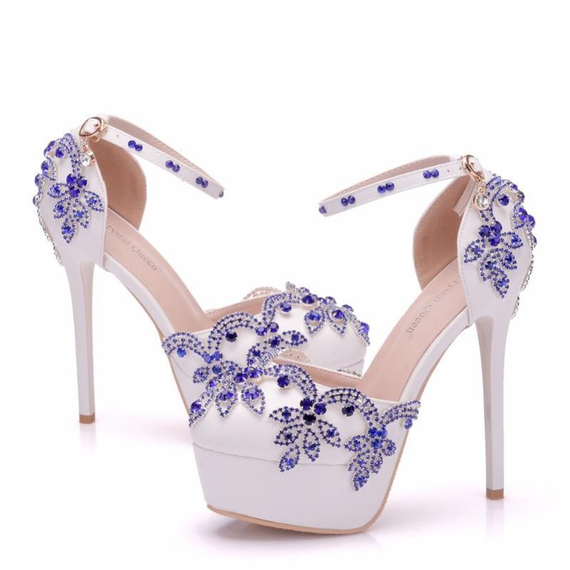 Kleid Schuhe 2021 Weiße Blume Hochzeit Sandalen Frauen Kristall Peep Toe High Heels 14cm Süße Damen Plattform Knöchelriemen