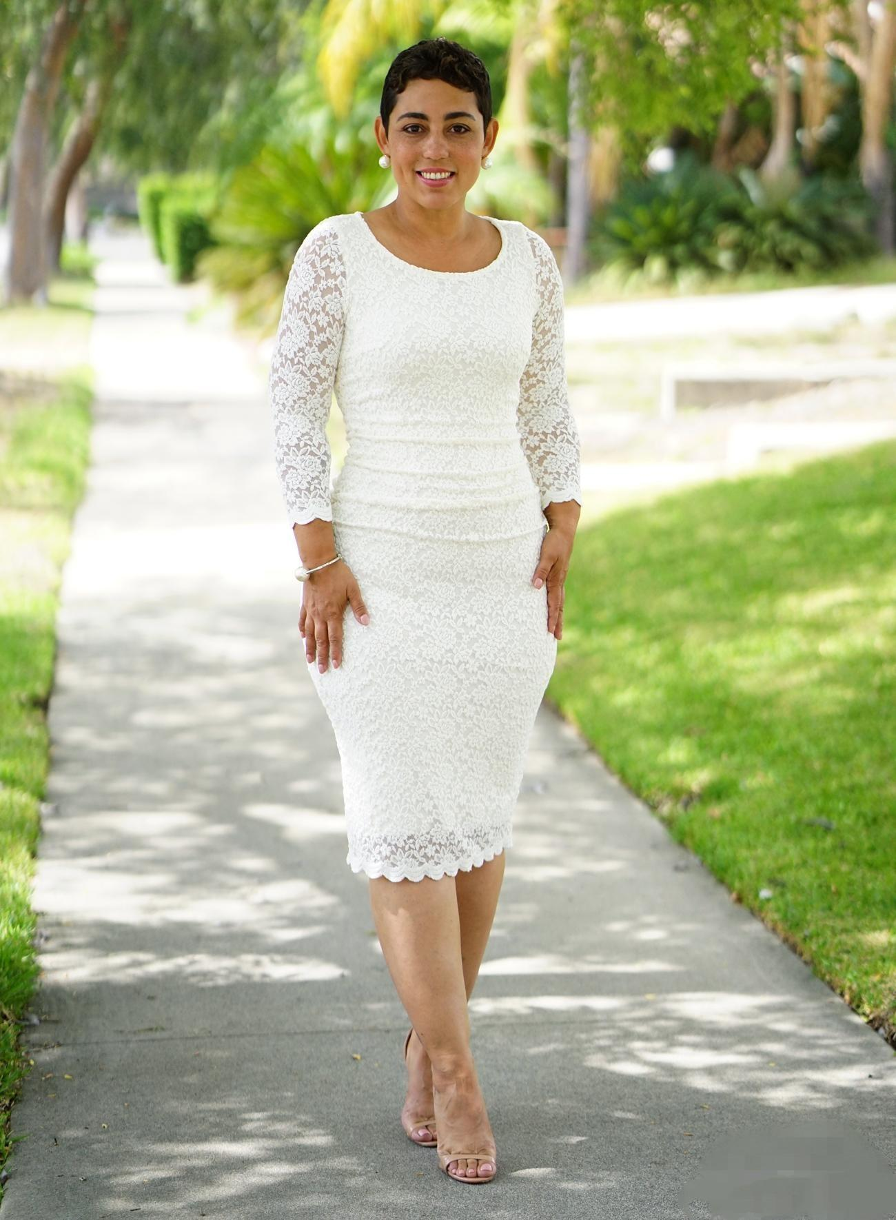 Elegant Short Full Lace Sheath Mother Of The Bride Dresses Long Sleeve Knee Length Wedding Guest Gowns Groom Mother's Formal Evening Wear