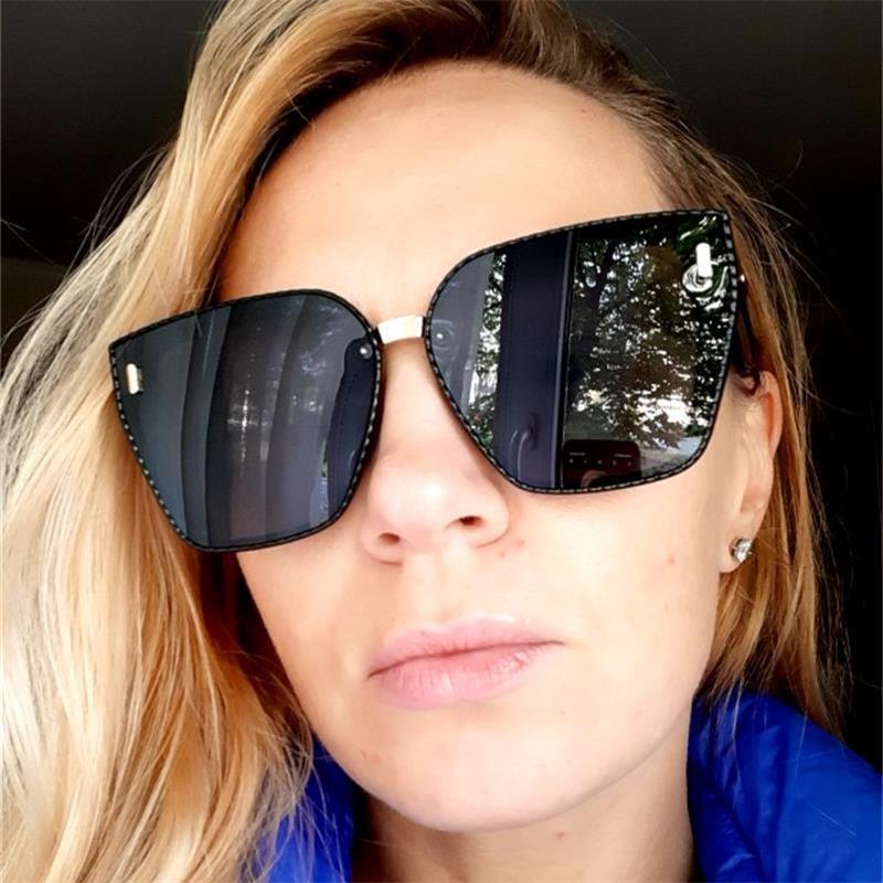 Lunettes de soleil noires carrées surdimensionnées Femmes 2021 Fashion Retro Gradient Sun Lunettes Sun Blue Cadre Big Cadre Vintage Goggles UV400