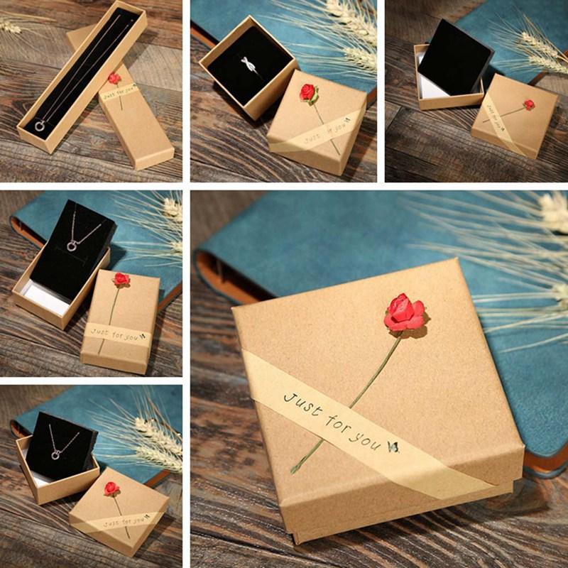Einfache Mode 4 Typgröße gestreifte Rose Form Schmuckschatulle für Halskette Anhänger Armband Ring Ohrring Schmuck Lagern Geschenke Box