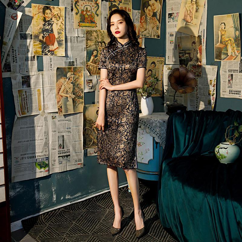 Ropa étnica de gran tamaño 4xl chino manga corta elegante rayón satinado qipao rodilla-longitud cheongsam damas festival fiesta boda dres