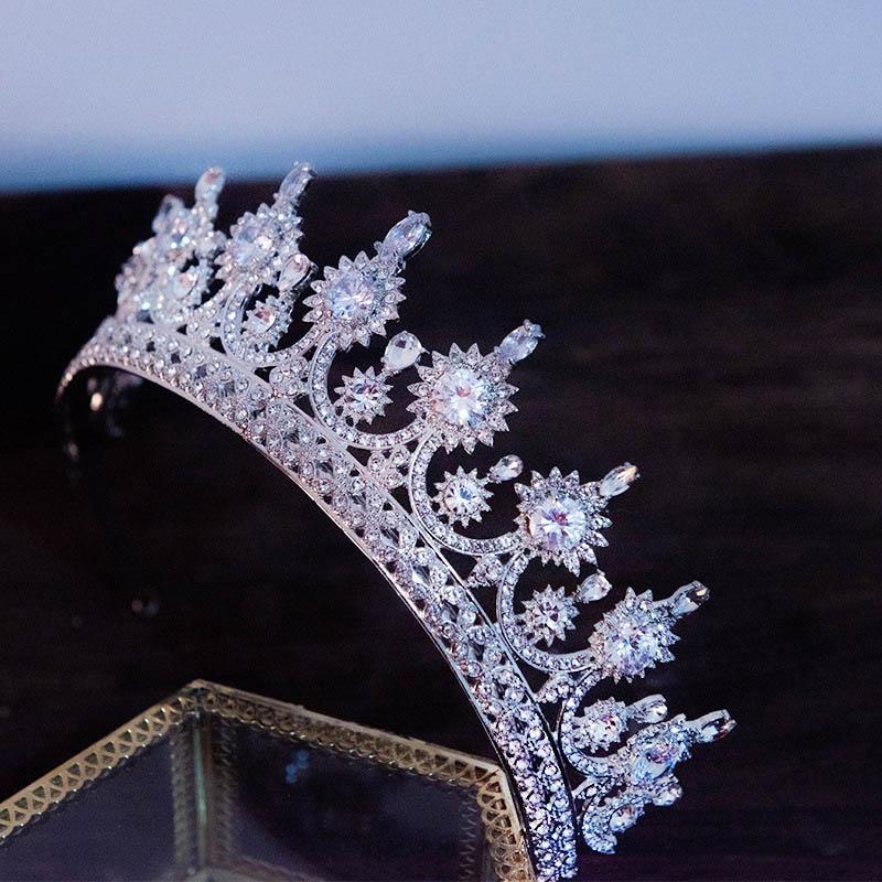 Luxury Fashion Novia Tocado Hermoso Hecho a mano Rhinestone Crown Crown Wedding Tiara Partido Partido Joyería de pelo JLL JL
