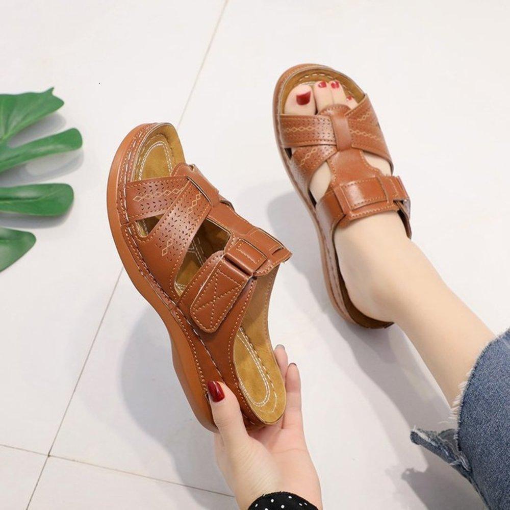 Yaz Yeni Moda Yamacı Topuk için Büyük Boy Islak Dayanıklı Sandaletler Kadın Terlik