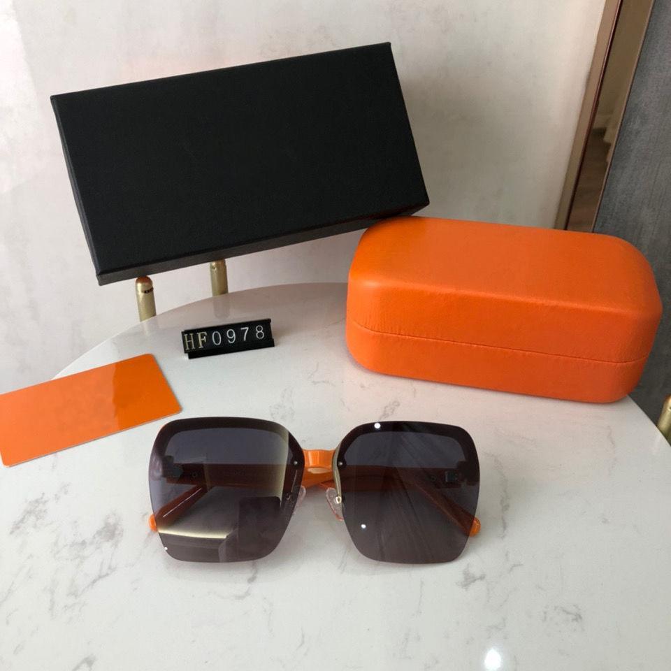 2021 Совершенно новые Высококачественные Солнцезащитные Очки Квадратные Роскошные Мужчины и Женщины Солнцезащитные Очки Дизайнер Наружные модные очки