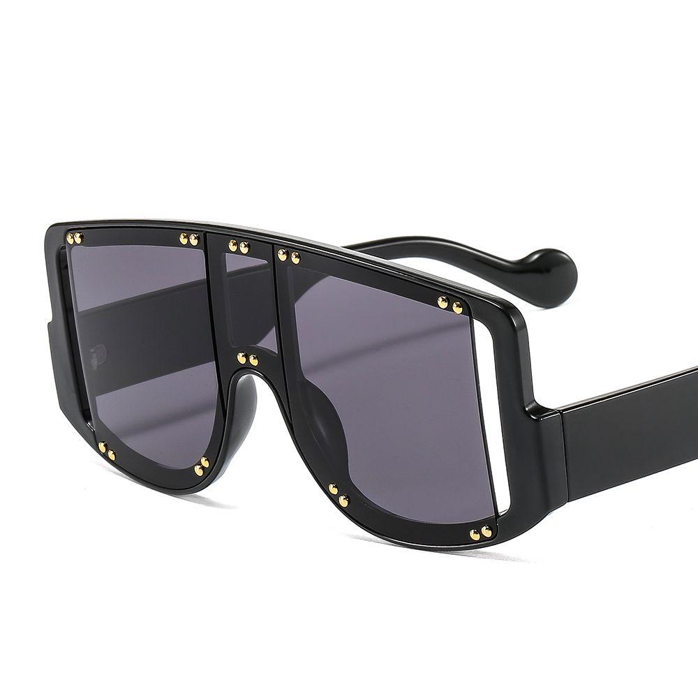 Avrupa ve Amerikan kişilik büyük çerçeve perçin renk güneş gözlüğü moda trendi punk ft tek parça çapraz kenarlık güneş gözlüğü 2081