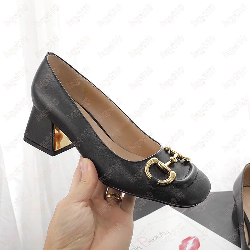 Horsebit 크기가있는 럭셔리 신발 여성 미드 힐 펌프 35-42 이탈리아 최첨단 패션 브랜드 최근 스타일 모델 SD03