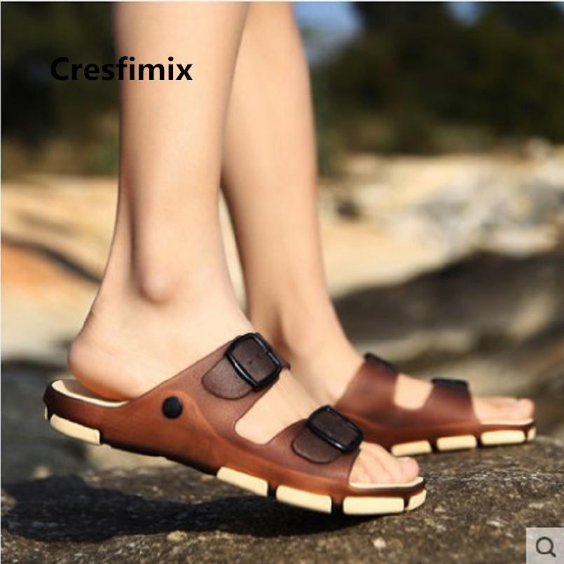 Cresfimix Sandalias Mode Masculin Confortable Slip sur la plage Sandales Hommes Cool Spring Sandales Sandales Summer Sandal Summer Chaussures E3498 L0227
