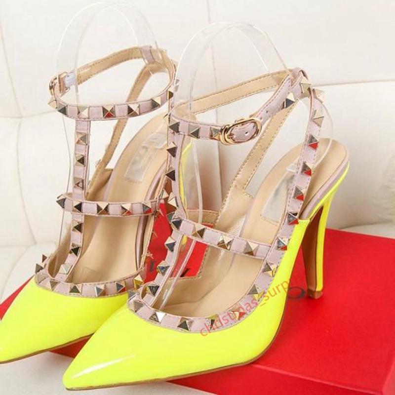 Valentino high heels Патентная кожа Летние Женщины Стад Сандалии Точка Носок Две Лодыжки Пряжки Женские Сексуальные Высокие каблуки Неоновые Цветные Обувь Обувь