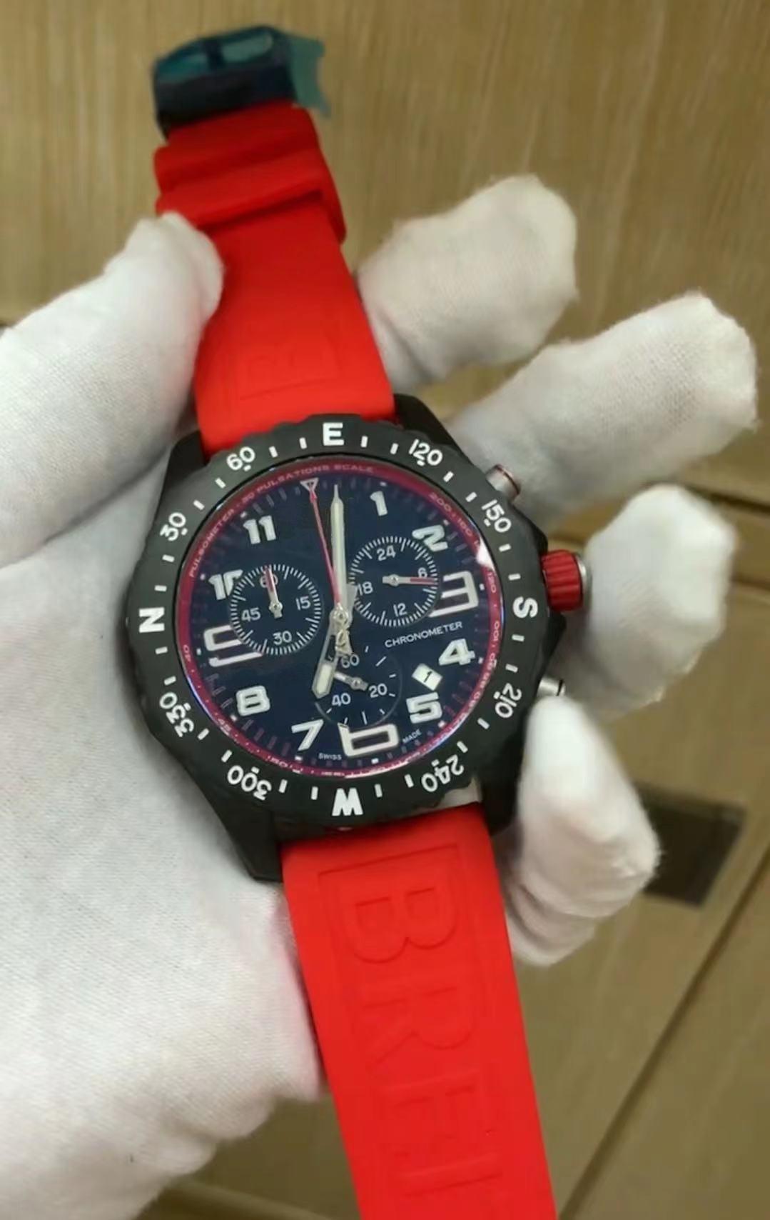 새로운 도착 남성 시계 쿼츠 스톱워치 스테인레스 스틸 시계 블랙 다이얼 남자 크로노 그래프 손목 시계 48mm 고무 스트랩 266