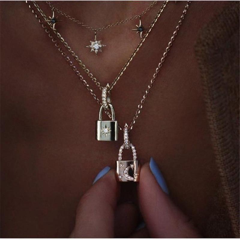 Pendentif Colliers 2021 Boho Crystal Géométrique Serrure incrustée pour femmes MultirseVel Fashion Star Moon Femme Collier bijoux