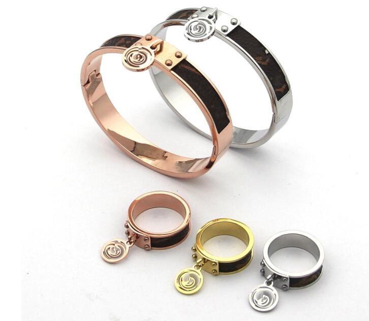 18 Design Mix 18K oro rosa argento nero polsino braccialetti braccialetti anelli titanio acciaio donne uomini braccialetto classico braccialetti di nozze set gioielli set all'ingrosso