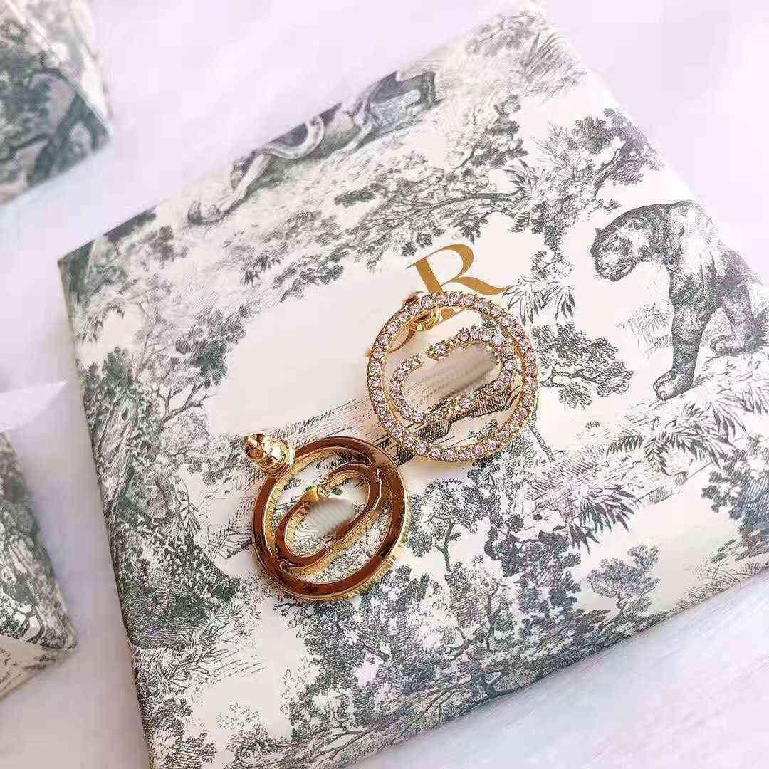 AAA Designer Jewelry 2021 new net red same Pearl letter Earrings