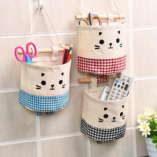 Ящики для хранения BINS Висит сумка мультфильм Cat Design Stackable CORD по двери белья хлопковая сумка с деревянной палкой для домашнего детского сада