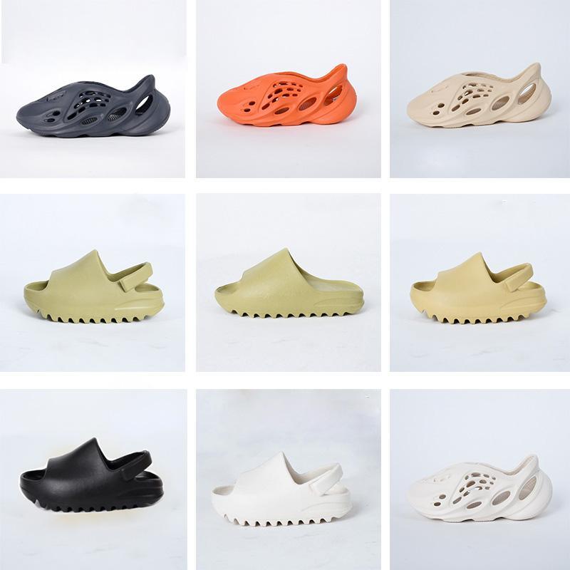 2021 Bambini Moda Eva Foam Runner Kanye Designer Scarpe Designer Bambini Ragazzi Ragazzi Casual Pantofole Casual Toddlers Soft Sole Slip-on Slipper Deserto Sabbia Bone Resina Wests Sandali