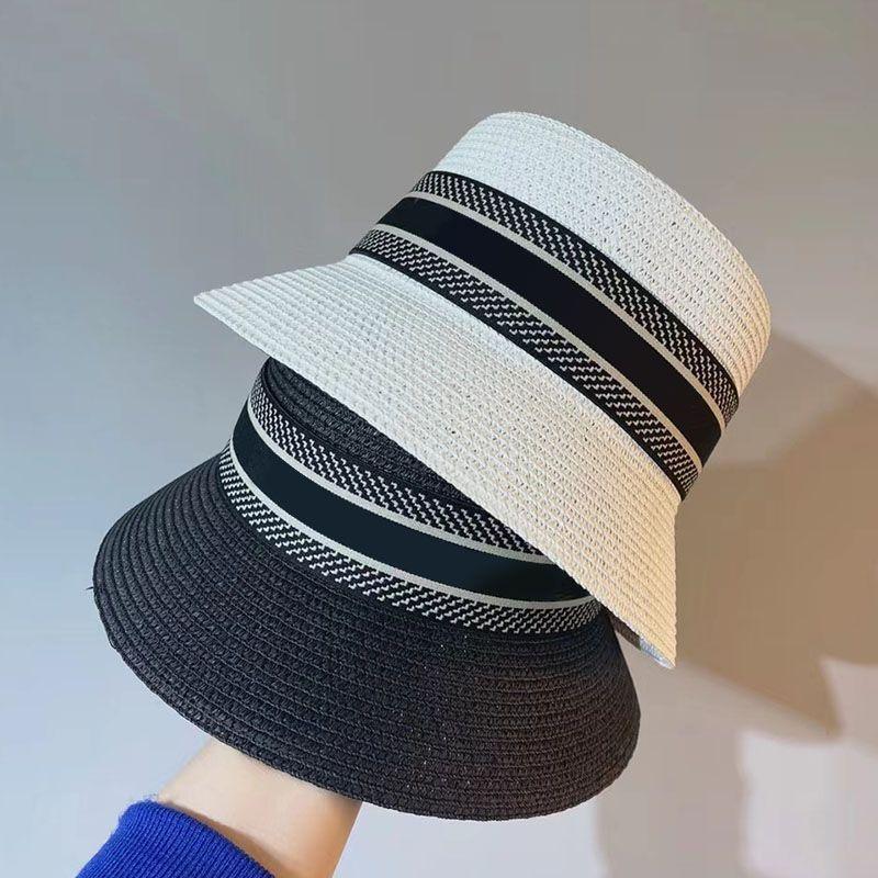 Fashion Donne Cappello Paglia Protezione solare Ampia Cappello Brim Brim Womens Beach Secchio Cappello Designer Cappelli Cappelli Donna Resort Gorro 202105072xv