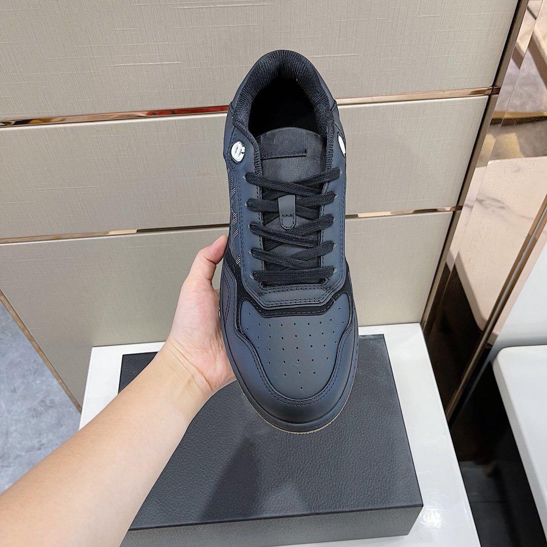 En kaliteli lüks tasarımcı ayakkabı çiftler için düşük üst spor ayakkabı, kutu ile beş canlı renkte gelir boyutu