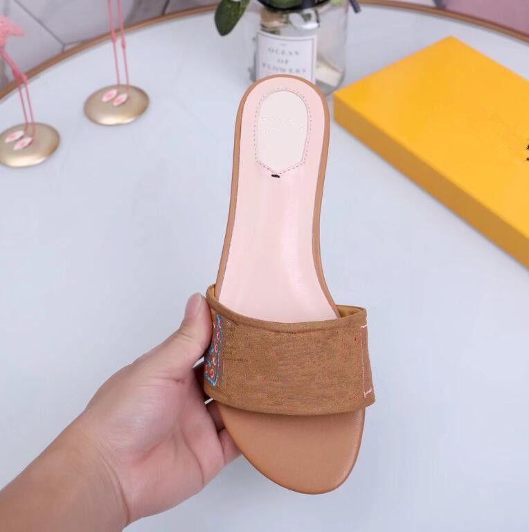 Случайные известные бренд женские сандалии обувь тапочки лето шлепанцы пляжные женские туфли кожаные сандалии Zapatos Hombre