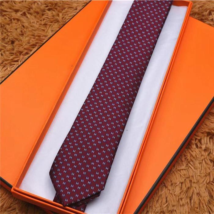 Packaging casual casual da uomo con cravatta in seta 100%