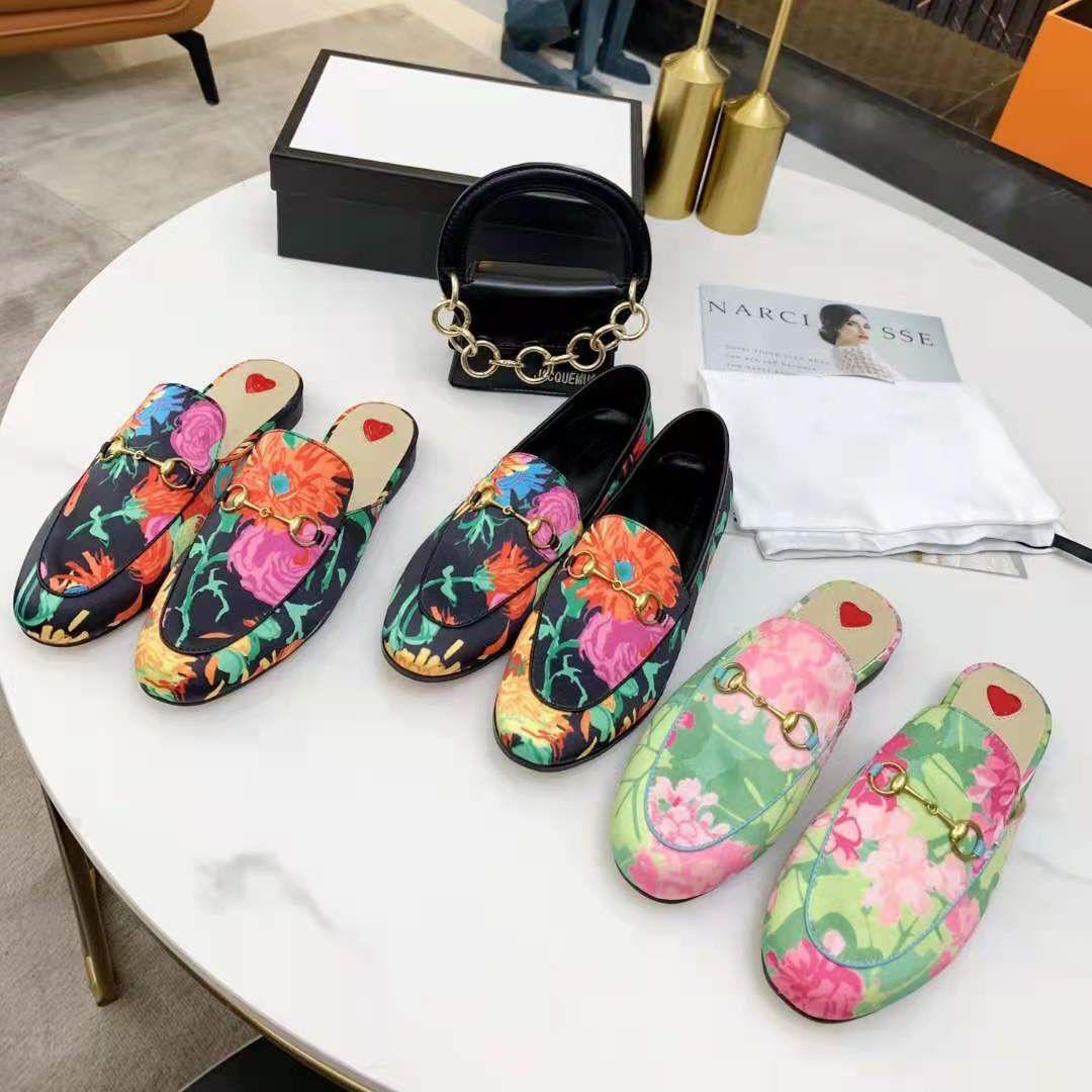 Homens de couro genuínos chinelos macio couro preguiçoso mulheres sapatos mules clássico senhora de metal praia chinelo slipper tamanho34-46