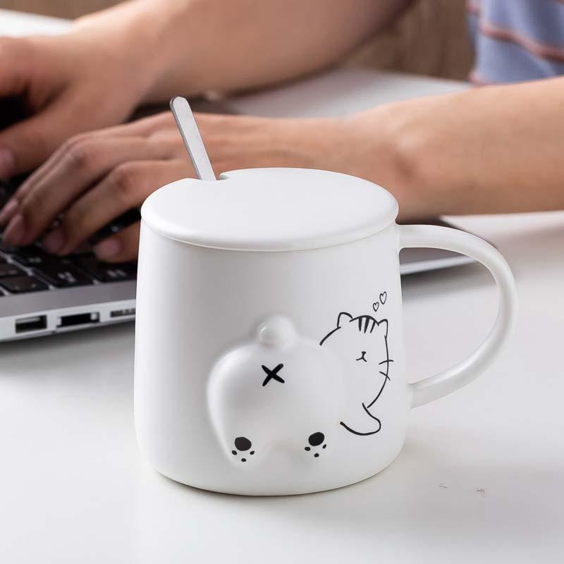 1Pcs 420mL /Dog/Cat/Bear White Color Coffee Mug With Lid And Spoon Creative 3D Animal Ass Twisting Juice Ceramic Cups Mugs