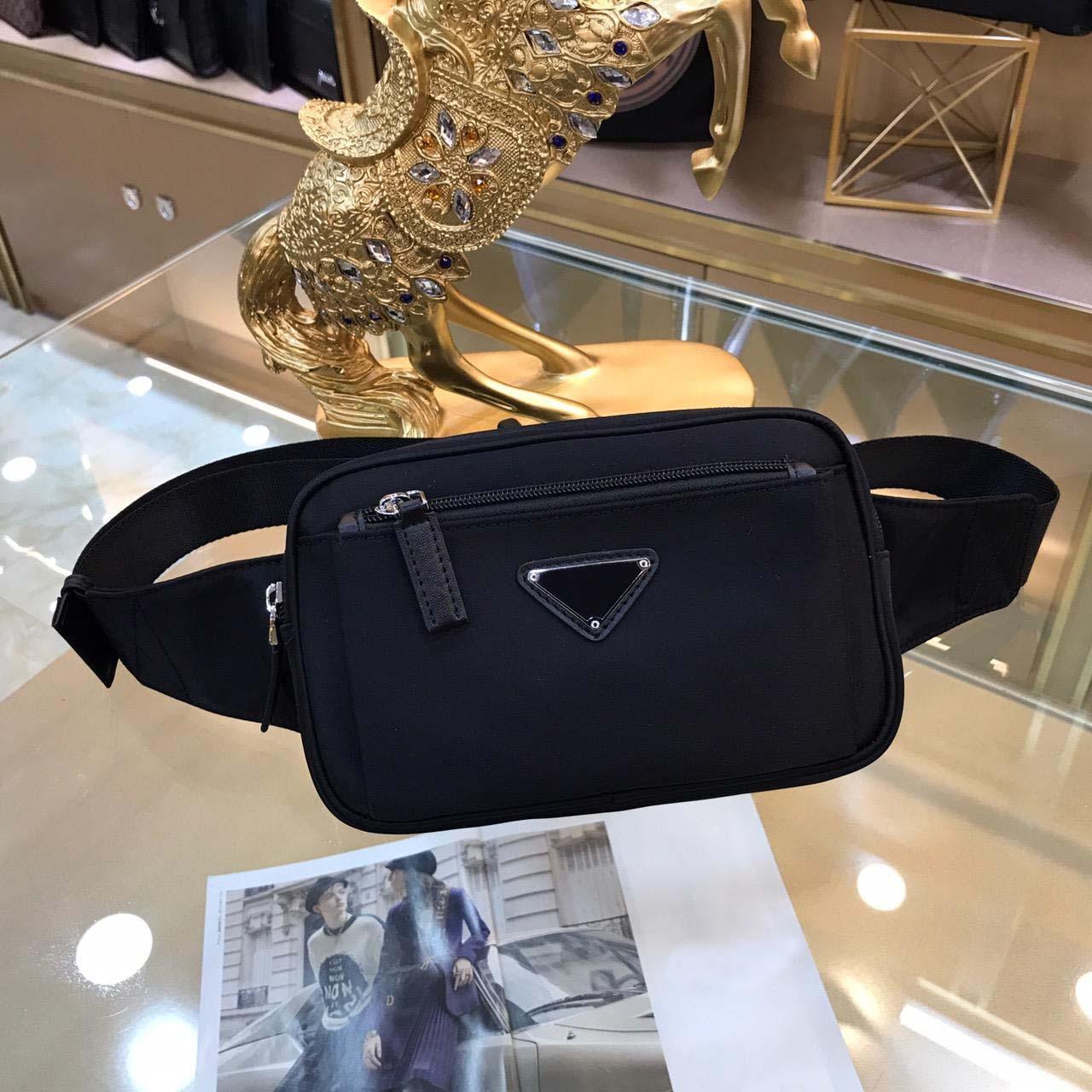 Heiße Verkaufsqualität Taille Tasche Frauen 2021 Mode Leder Fanny Pack Reisende Brust Gürteltaschen Mini Bum Bag Damen Kette Bauchbindage 3613 21x13x4cm