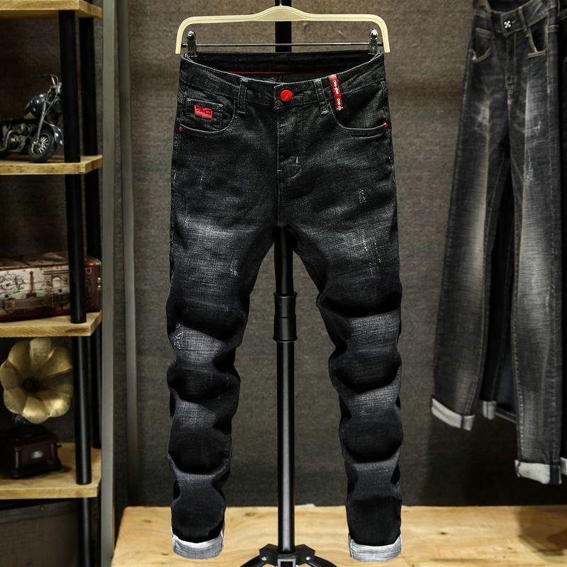 2021 Primavera y verano Jeans Negro Menores Leggings delgados Estudiantiles Trend Versátiles Versátiles Pantalones largos Hombres