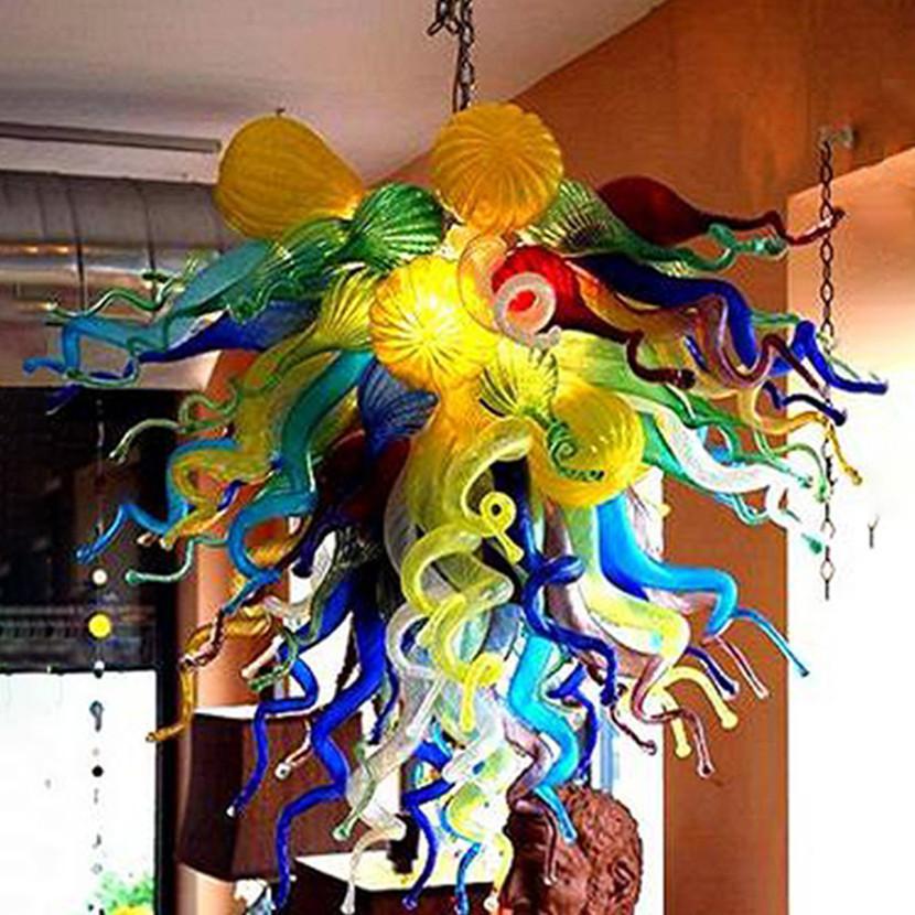Lámpara de lámpara de lámpara de cristal soplado a mano colorida Luz de LED para sala de estar Decoración de la decoración Luces colgantes