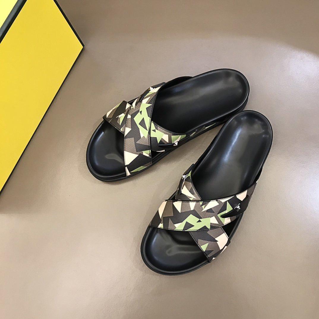 Lüks Tasarımcı Rahat Marka erkek Yaz Rahat Terlik Geniş Soled Sandalet Boyutu 38-45