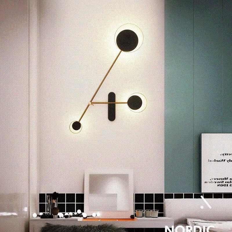 럭셔리 미니멀리스트 라인 거실 배경 벽 램프 포스트 현대 간단한 성격 식사 침실