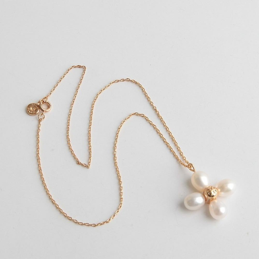 T-series baroque clover flower fresh water pearl necklace