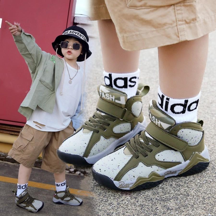 2021 Meninos da Primavera e Outono Nova Moda Solução Solução Sapatos Esportivos A5R8