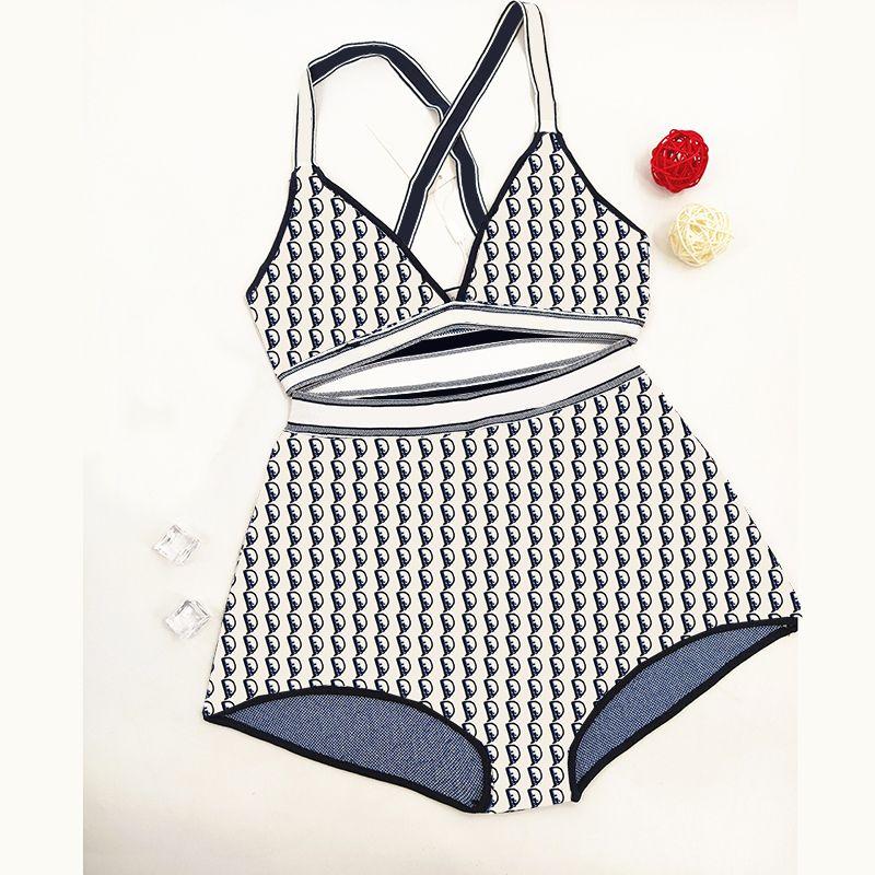 Boş Zaman Örme Bikini Set Tam Mektup Baskılı Beachwear Bayanlar Mayo Kadın Yumuşak Mayo Yüzme Giyim Ile Etiketler