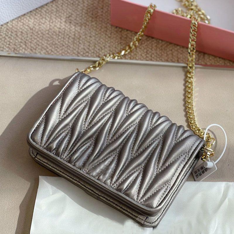 Golden Chain Shoulder Bag Sheepskin leather Crossbody Handbag Purse Wrinkle Fashion letter Handbags Clutch Pleated Wallets High Quality Flap Messenger Bags