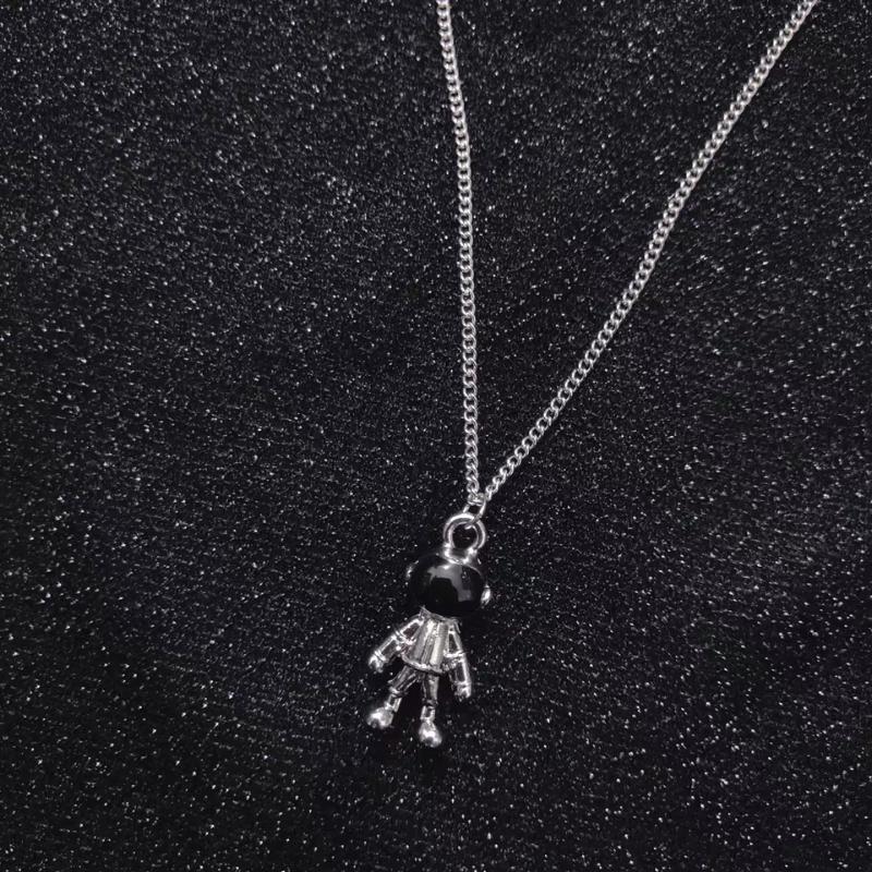 Collana di astronace famoso europeo e americano Autunno New Maglione Catena Personalità Street Pat Piccoli gioielli per folla per folla Astrona