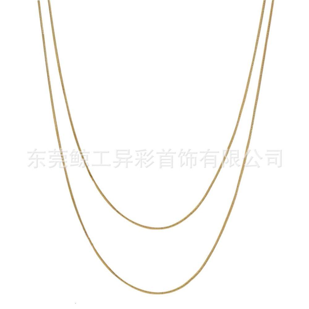 Pendentifs Rond Snake Chaîne 18K Collier en acier Titanium plaqué or pour femmes Accessoires simples