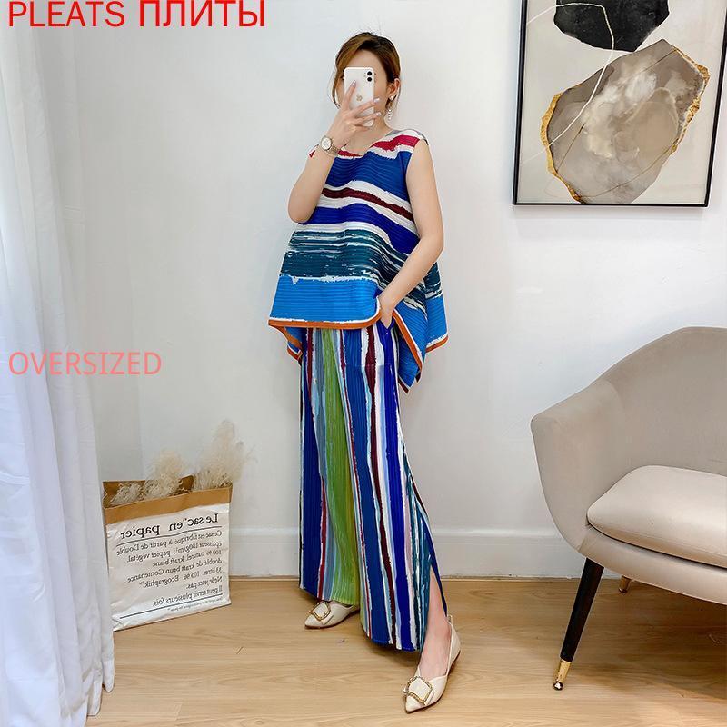 Miyake pli été 2021 pantalon de deux pièces de mode Ensemble de gilet et pantalon 2 pièces Femmes Suivi des femmes deux