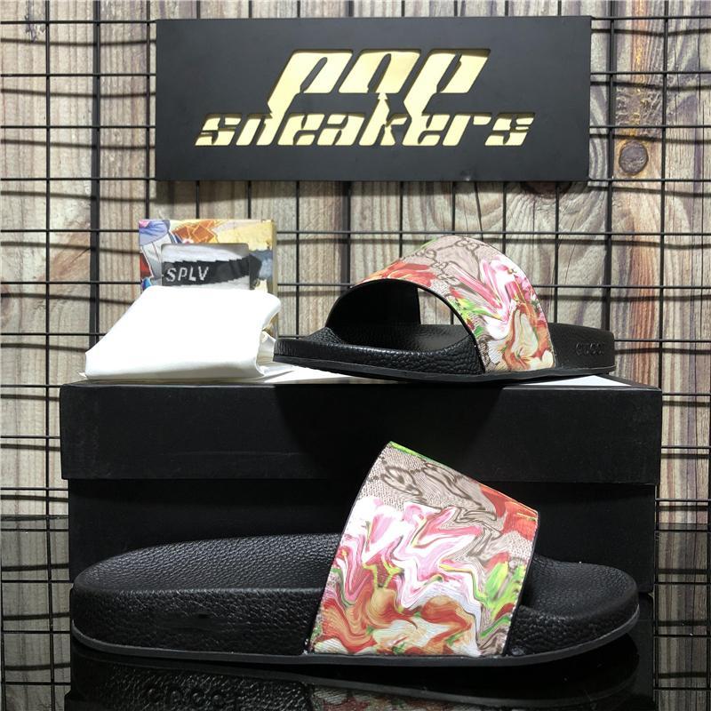 En Kaliteli Moda erkek kadın Kauçuk Tasarımcı Slaytlar Terlik Sandalet Ayakkabı Slayt Yaz Rahat Geniş Ladys Düz Flip Flop Kayma Kutusu Boyutu EUR36-EUR45