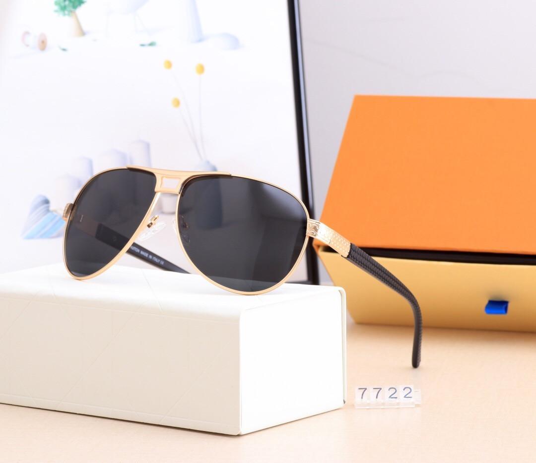 남자 레저 운전 선글라스 브랜드 디자인 UV400 안경 금속 골드 프레임 태양 안경 남자 여자 미러 7722 야외 검은 거울