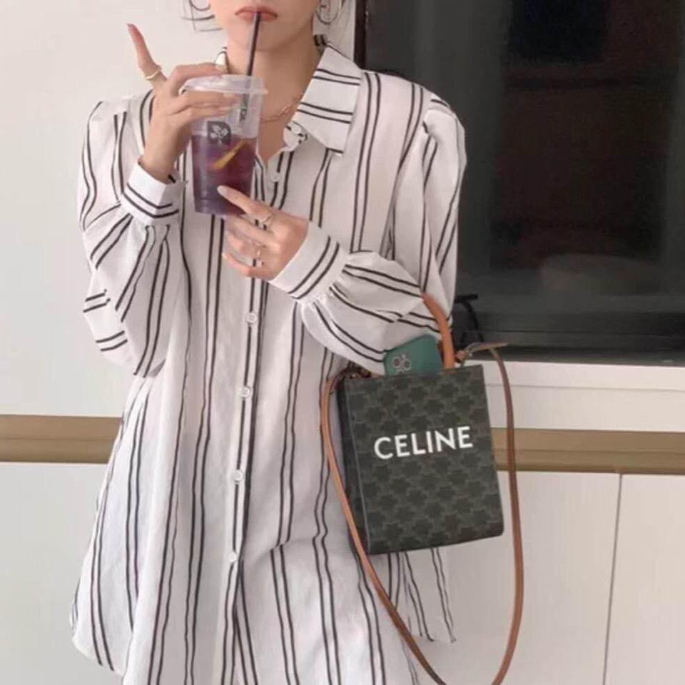 2020 Nueva estrella Lisa misma letra Arc de Triomphe Retro impreso Pequeña bolsa cuadrada Mini Messenger Bag