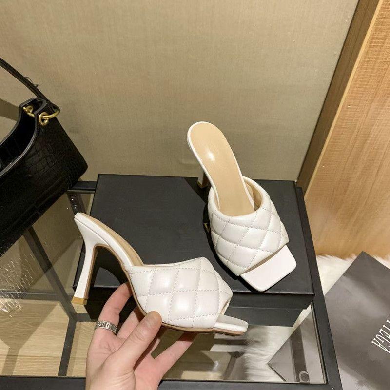 40% Rabatt Italien Designer Luxus Klassische Hausschuhe Mode Stil Vielseitige Frauen Sandale Ace Schuhe High-End Original Einzelne Leder Top Qualität High-Heeled Sandalen