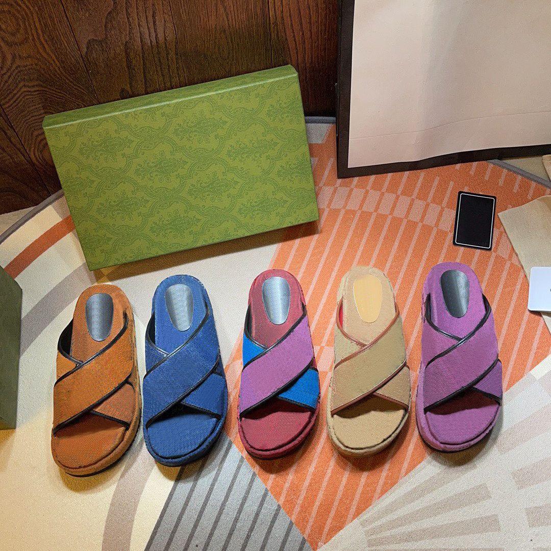 Designer mulheres sandálias chinelos moda praia espessa plataforma clássica plataforma clássica alfabeto senhora sandal couro salto alto slides com caixa grande tamanho 46